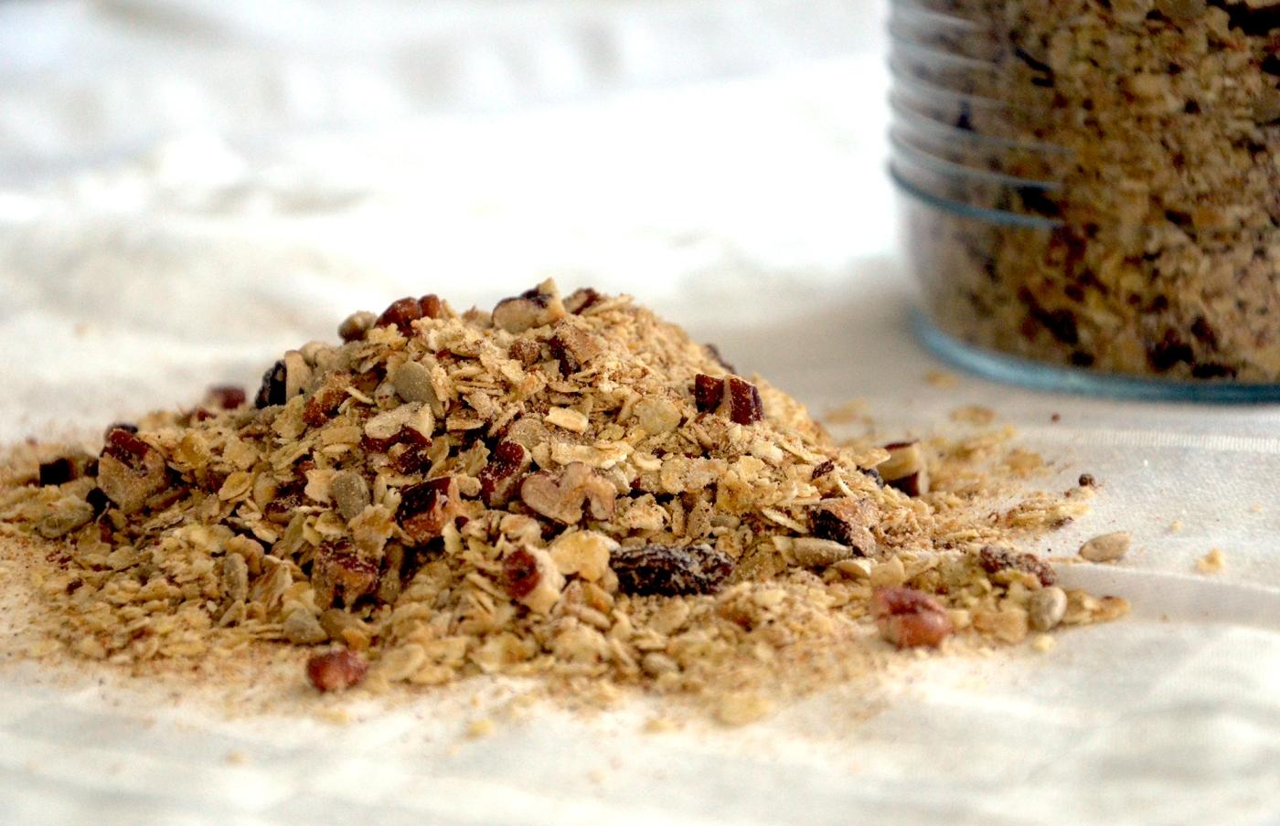 Terveellinen herkkugranola (gluteeniton, low FODMAP) - Healthy Glutenfree Granola / Sweets by Sini