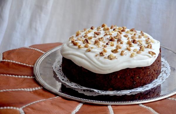 Mehevä porkkanakakku (vegaaninen, gluteeniton, low FODMAP) - Moist Carrot Cake (Vegan, Gluten-free, Low FODMAP) / Puhtaasti hyvää