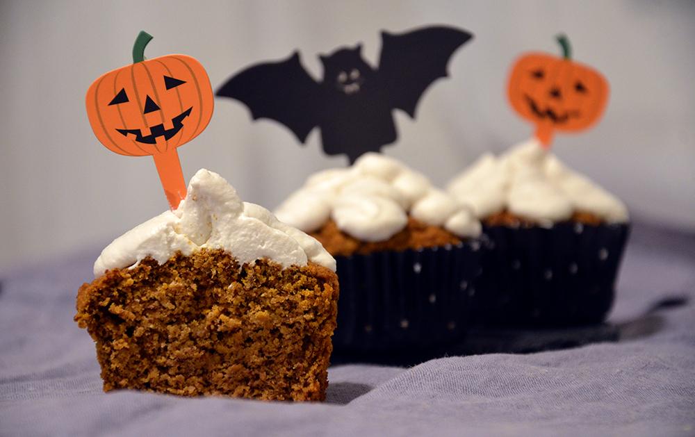 Sokerittomat kurpitsamuffinit - Sugar Free Pumpkin Cupcakes / Puhtaasti hyvää